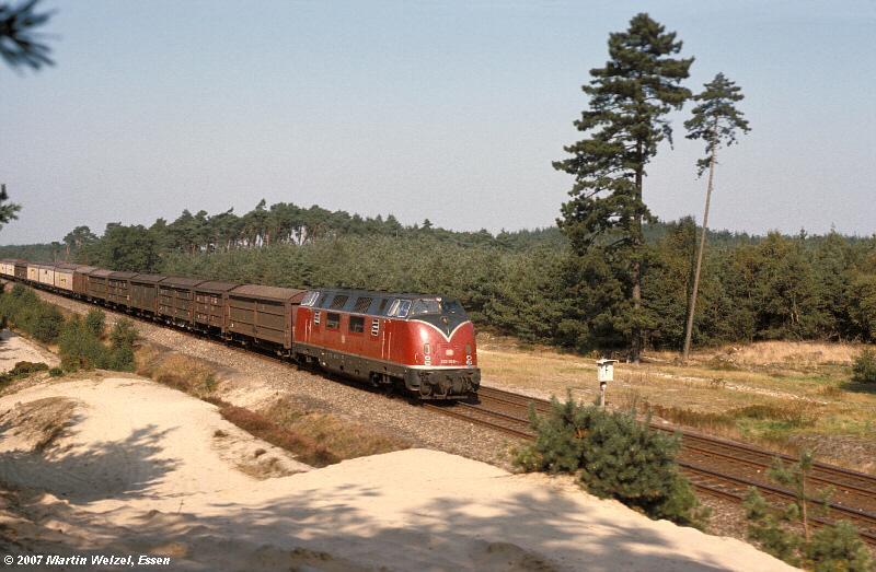 http://www.eisenbahnhobby.de/220053/82-11_220053_Lathen_24-9-77_S.jpg