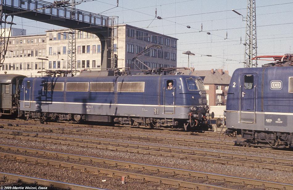 http://www.eisenbahnhobby.de/Aachen/109-32_184112-001_Aachen_2-11-78_S.JPG