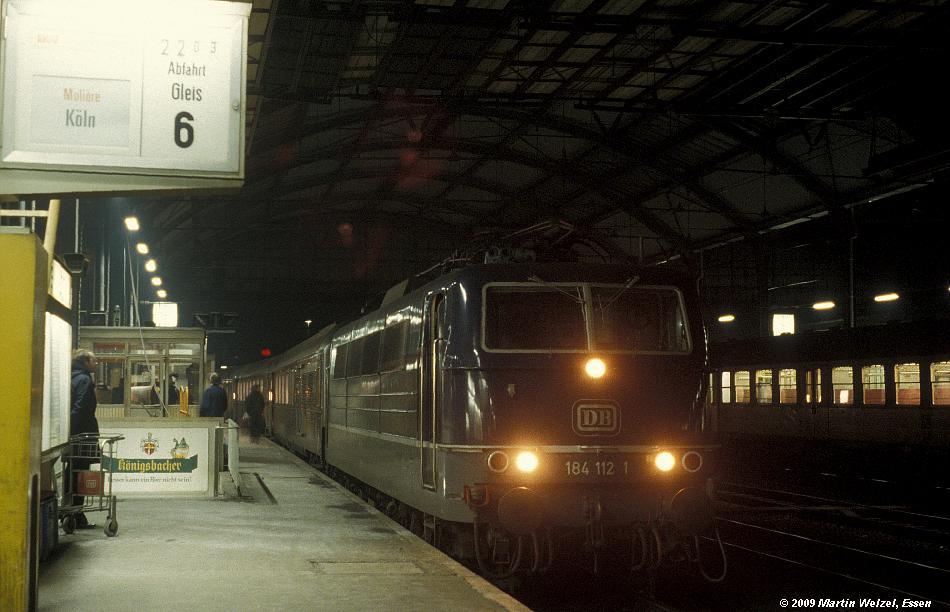 http://www.eisenbahnhobby.de/Aachen/110-38_184112_Aachen_5-12-78_S.JPG