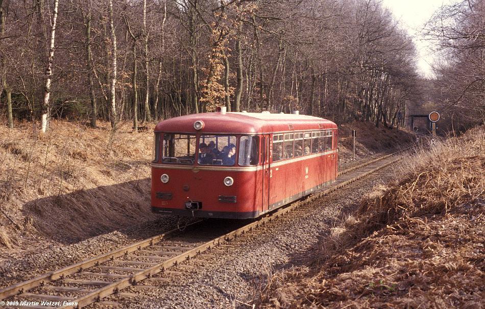 http://www.eisenbahnhobby.de/Aachen/114-11_795286_Stolberg_15-3-79_S.JPG