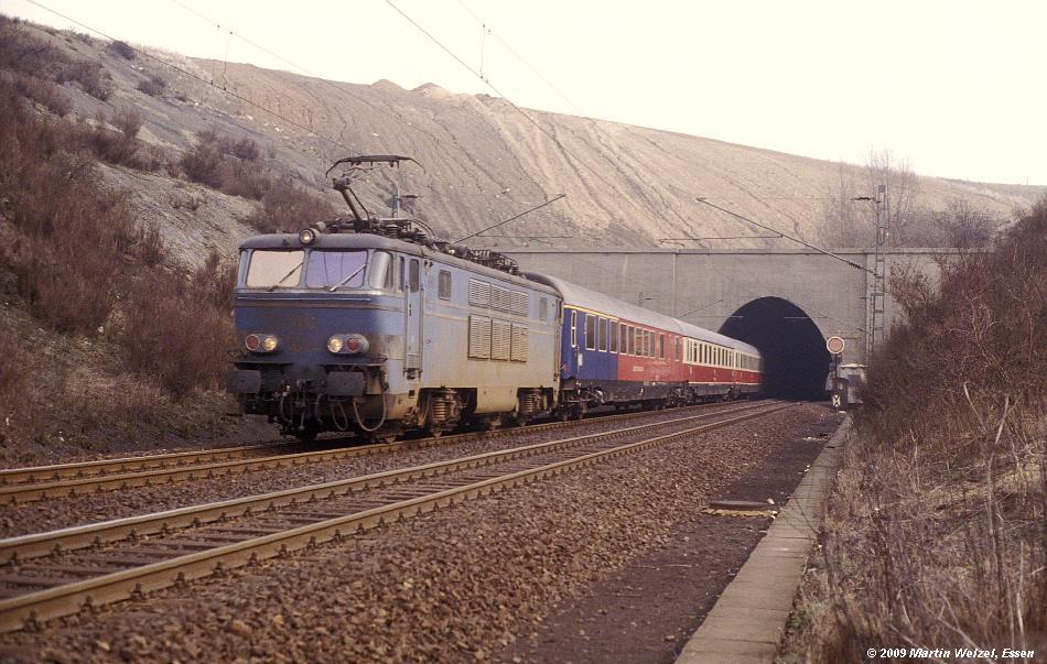 http://www.eisenbahnhobby.de/Aachen/114-41_1604_Eilendorf_20-3-79_S.JPG