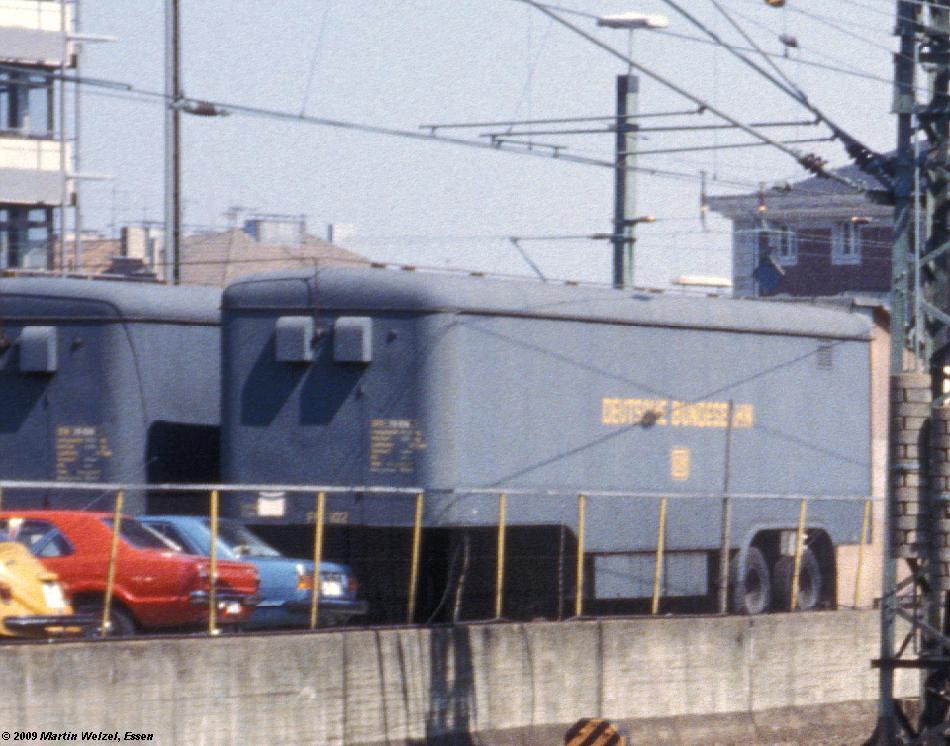 http://www.eisenbahnhobby.de/Aachen/134-31_1603_Aachen_14-8-79_S1.JPG