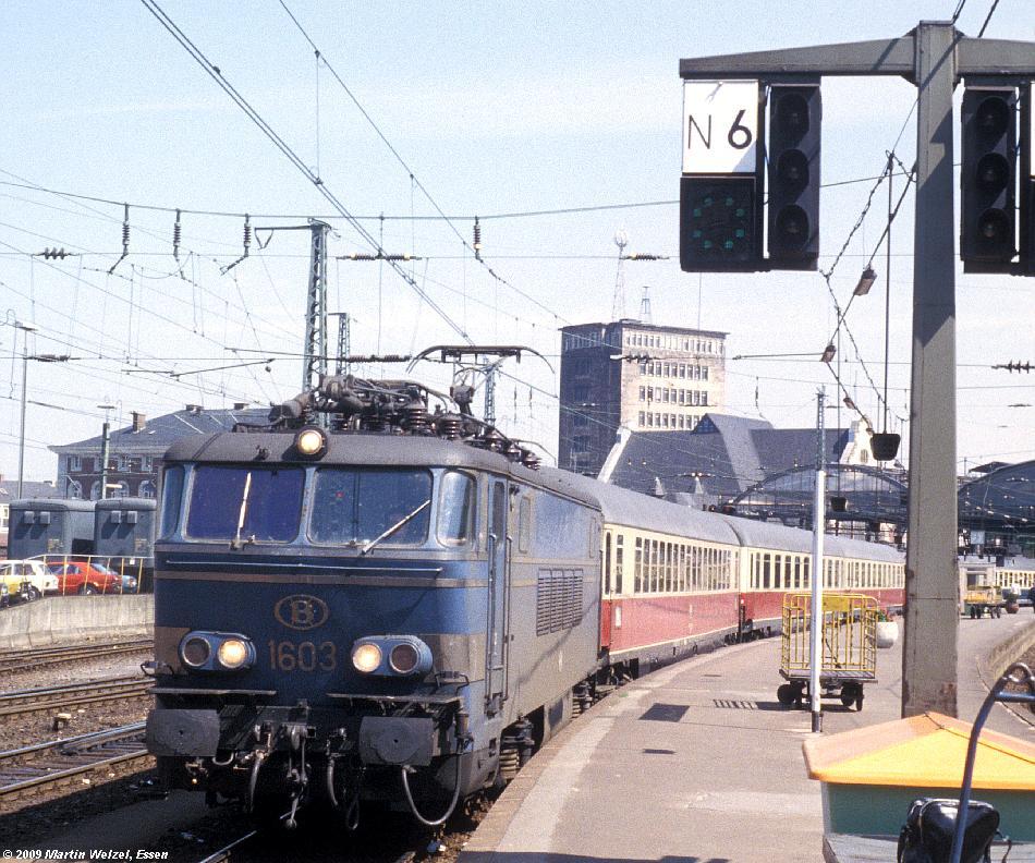 http://www.eisenbahnhobby.de/Aachen/134-33_1603_Aachen_14-8-79_S.JPG