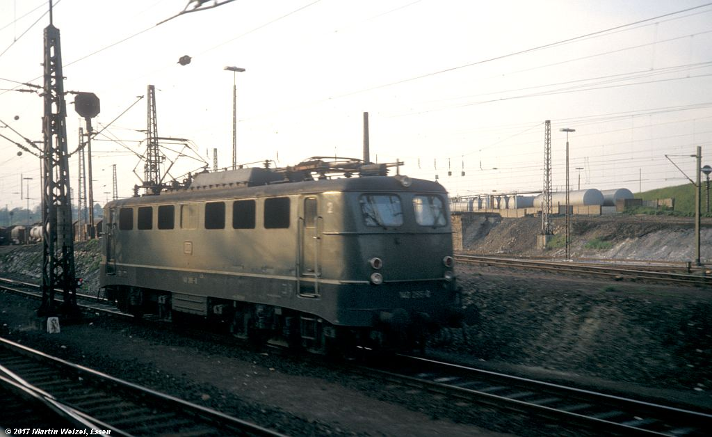http://www.eisenbahnhobby.de/Aachen/155-5_140265_Aachen-West_16-5-80_S.jpg