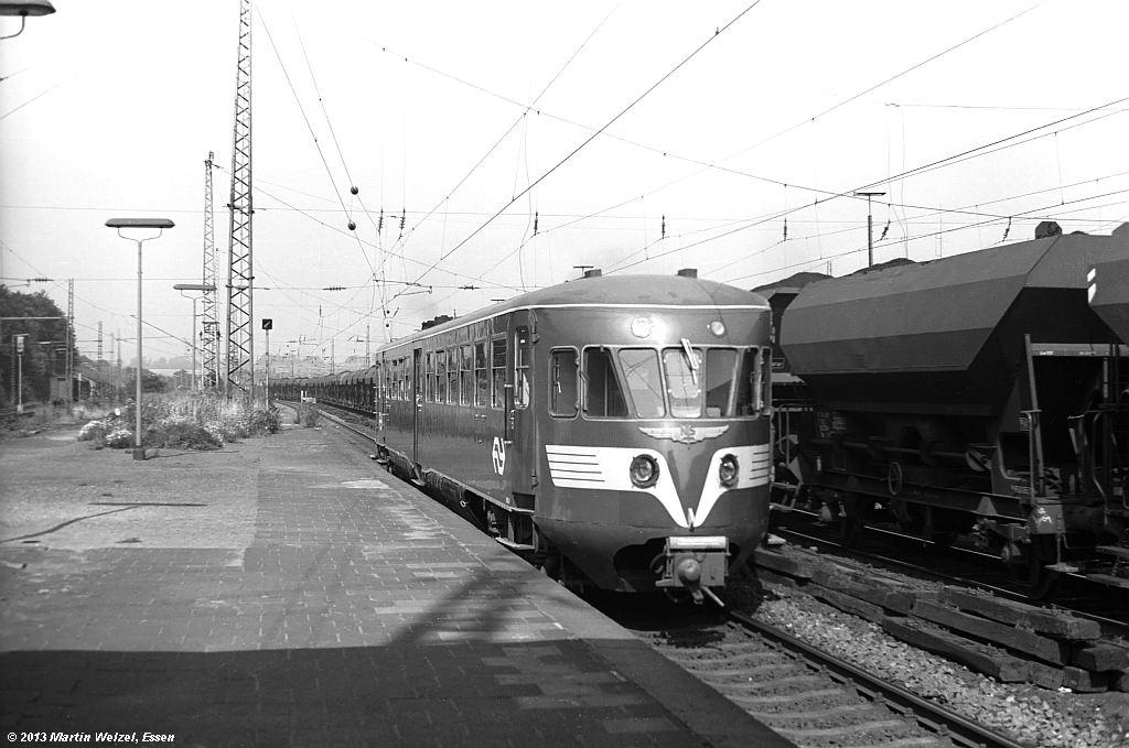 http://www.eisenbahnhobby.de/Aachen/SW587-14_NS41_Aachen-West_22-8-74_S.jpg
