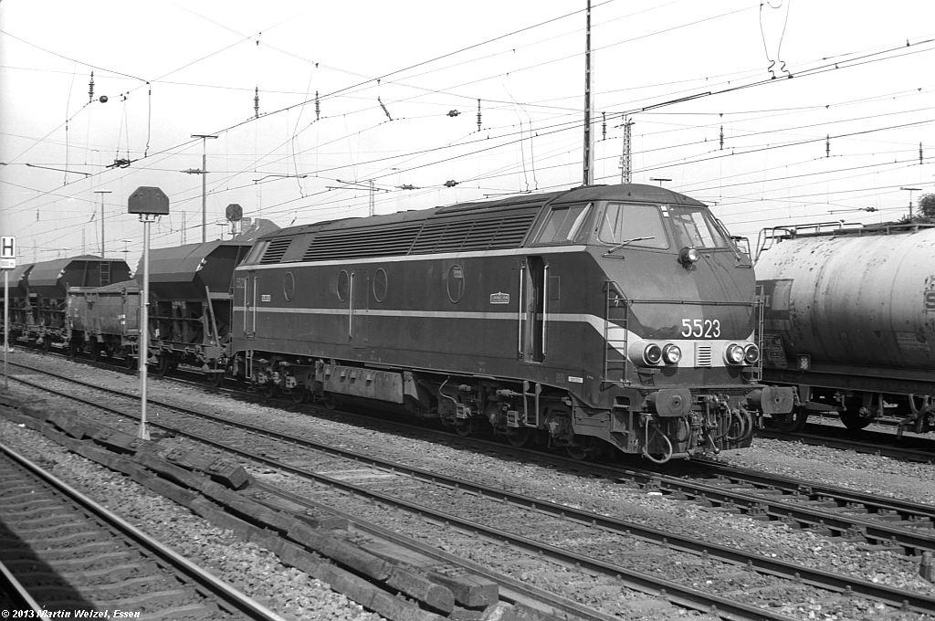 http://www.eisenbahnhobby.de/Aachen/SW587-16_5523_Aachen-West_22-8-74_S.jpg