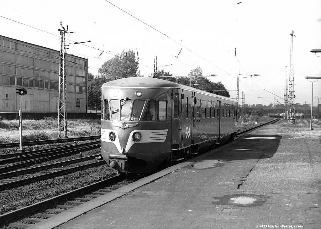 http://www.eisenbahnhobby.de/Aachen/SW601-17_NS43_Aachen-West_7-10-74_S.jpg
