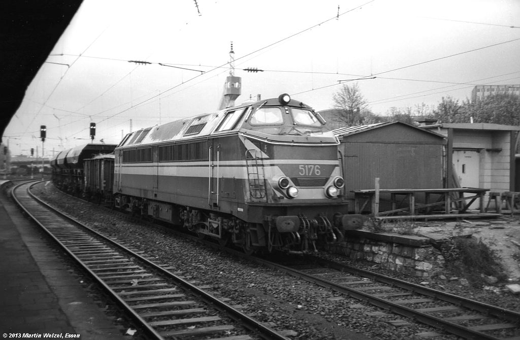 http://www.eisenbahnhobby.de/Aachen/SW605-26_5176_Aachen-West_29-10-74_S.jpg