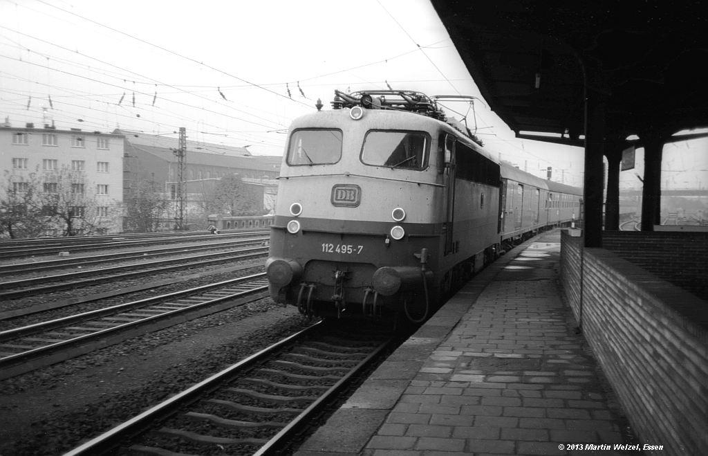 http://www.eisenbahnhobby.de/Aachen/SW605-29_112495_Aachen-West_31-10-74_S.jpg