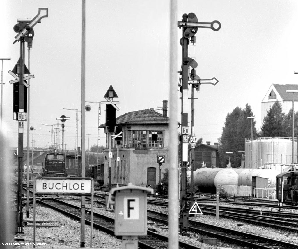 http://www.eisenbahnhobby.de/Allgaeu/SW741-40_SignalD4-D5-D6_Buchloe_21-8-75_S1.jpg