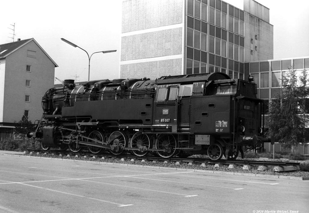 http://www.eisenbahnhobby.de/Bodensee/SW374-15A_85007_Konstanz-Ingenieurschule_1973-08-19_S.jpg