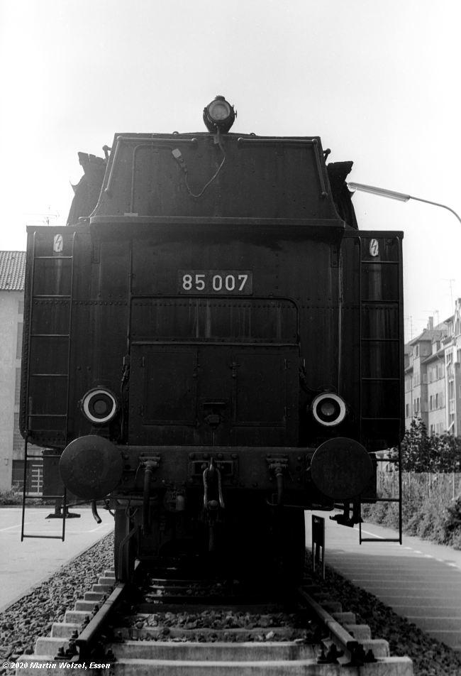 http://www.eisenbahnhobby.de/Bodensee/SW374-8A_85007_Konstanz-Ingenieurschule_1973-08-19_S.jpg