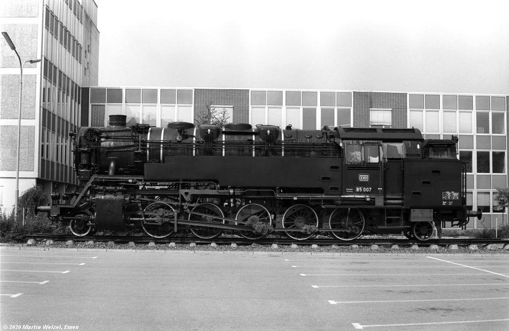 http://www.eisenbahnhobby.de/Bodensee/SW374-9A_85007_Konstanz-Ingenieurschule_1973-08-19_S.jpg