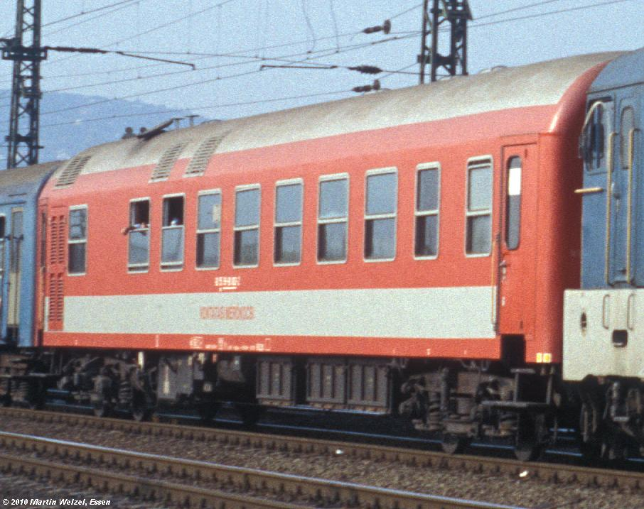 http://www.eisenbahnhobby.de/Budapest/255-50_V43-1155_Bp-Kelenfoeld_21-9-89_S1.JPG