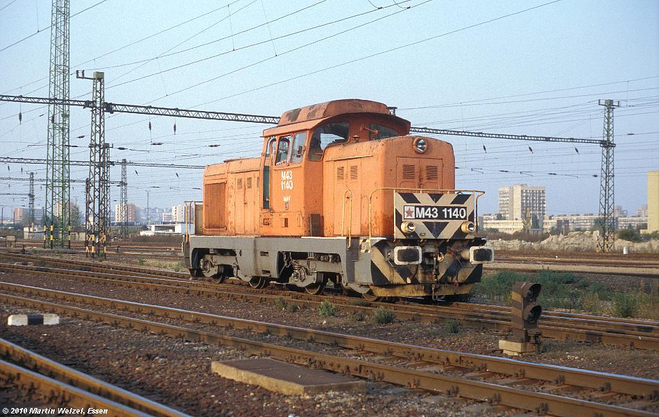 http://www.eisenbahnhobby.de/Budapest/256-17_M43-1140_Bp-Kelenfoeld_21-9-89_S.JPG