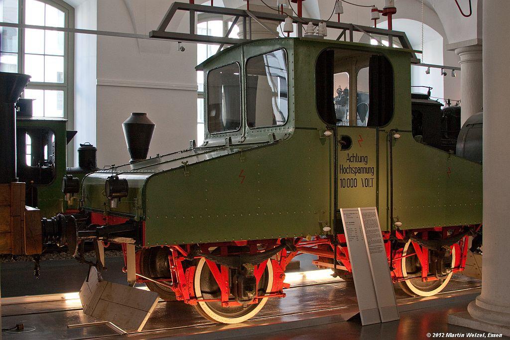 http://www.eisenbahnhobby.de/Dresden/Z2508_Drehstromlok_VMDresden_16-10-12.jpg