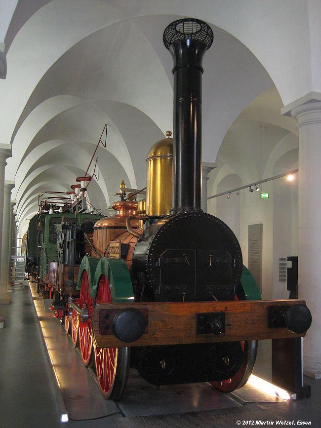 http://www.eisenbahnhobby.de/Dresden/Z2557_Saxonia_VMDresden_18-10-12_S.jpg