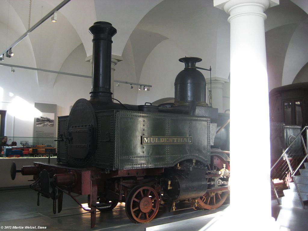 http://www.eisenbahnhobby.de/Dresden/Z2569_Muldenthal_VMDresden_18-10-12_S.jpg