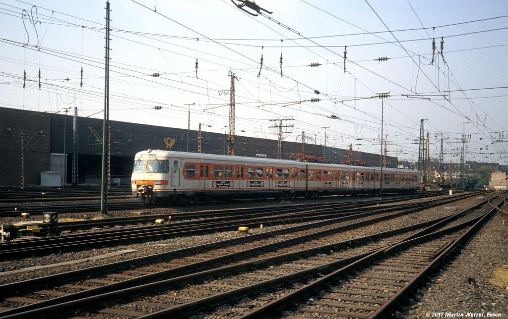 http://www.eisenbahnhobby.de/Duesseldorf/155-3_420626_DuesseldorfHbf_16-5-80_S.jpg