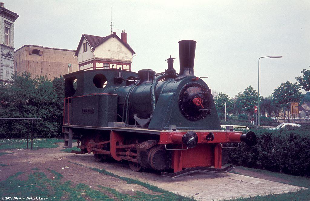 http://www.eisenbahnhobby.de/Duesseldorf/28-32_FerdinandHeye_D-Gerresheim_16-5-75_S.jpg