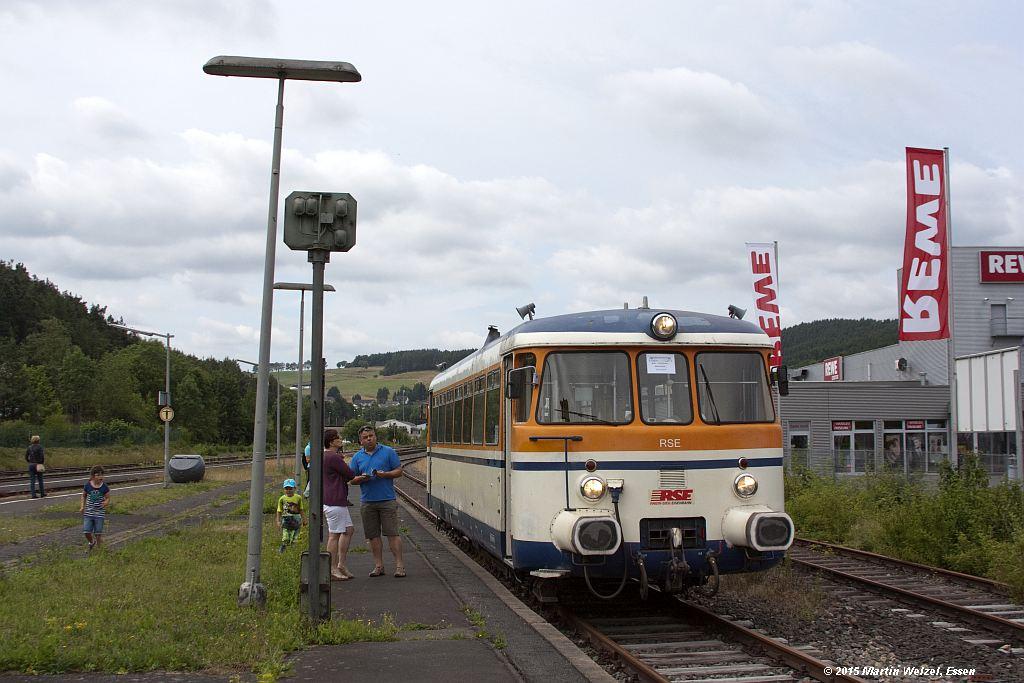 http://www.eisenbahnhobby.de/Eifel/Z13219_302009_Kall-Bf_12-7-15.jpg