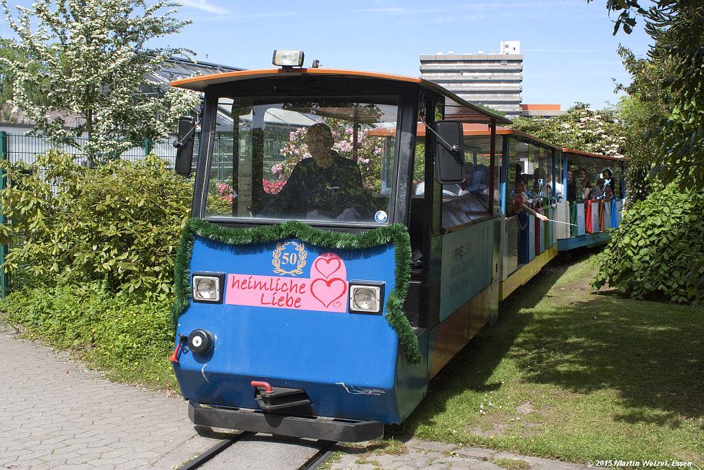 http://www.eisenbahnhobby.de/Essen/Z12351_Grugabahn7_Essen-Gruga-Mustergaerten_14-5-15.jpg