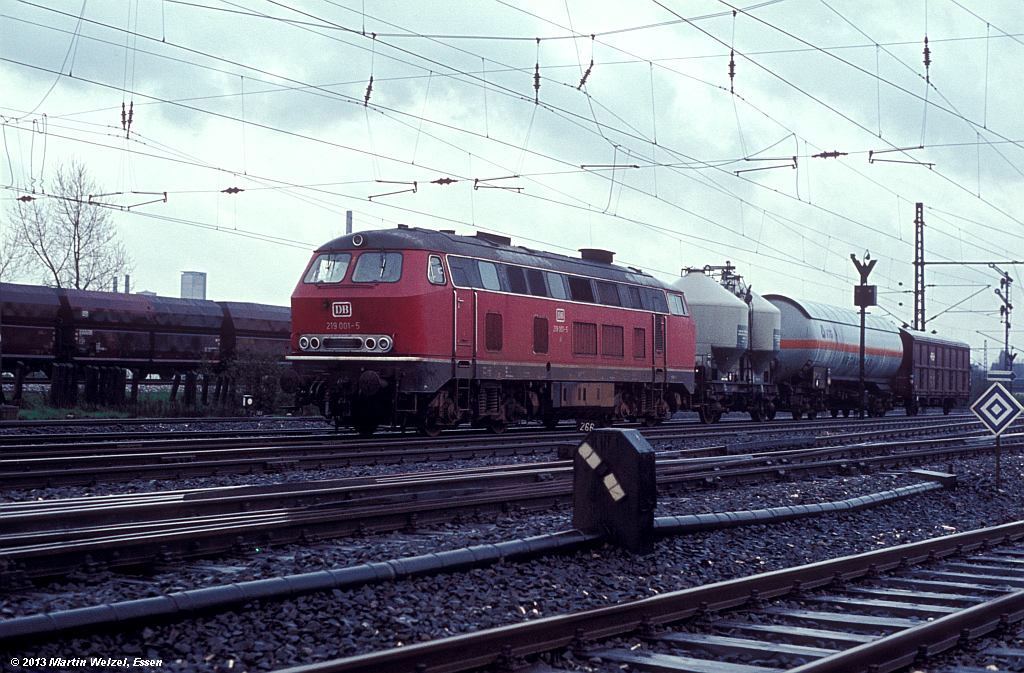 http://www.eisenbahnhobby.de/G-B/64-34_219001_Gelsenk-Bismarck_13-4-77_S.jpg