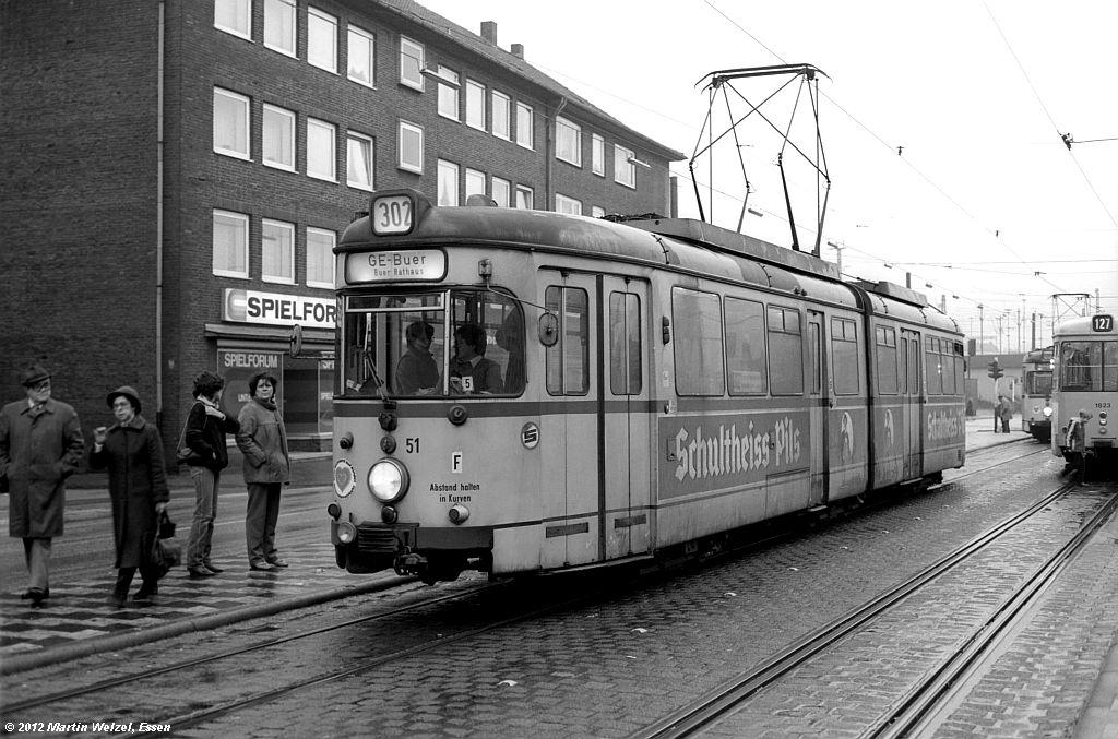 http://www.eisenbahnhobby.de/Gelsenkirchen/SW1013-15_BGS51_GelsenkirchenHbf_30-1-82_S.jpg