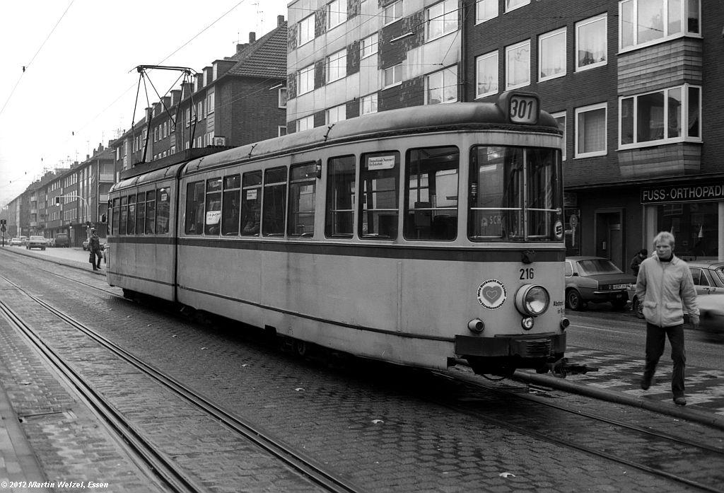 http://www.eisenbahnhobby.de/Gelsenkirchen/SW1013-29_BGS216_GelsenkirchenHbf_30-1-82_S.jpg