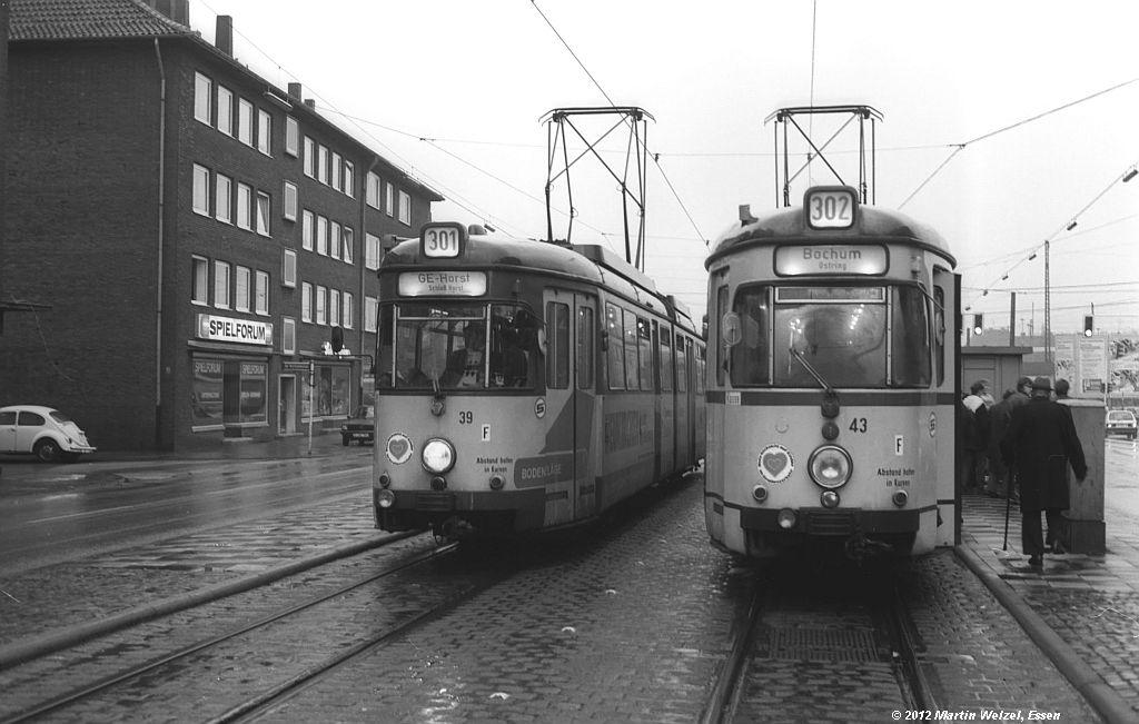 http://www.eisenbahnhobby.de/Gelsenkirchen/SW1013-3_BGS39_43_GelsenkirchenHbf_30-1-82_S.jpg