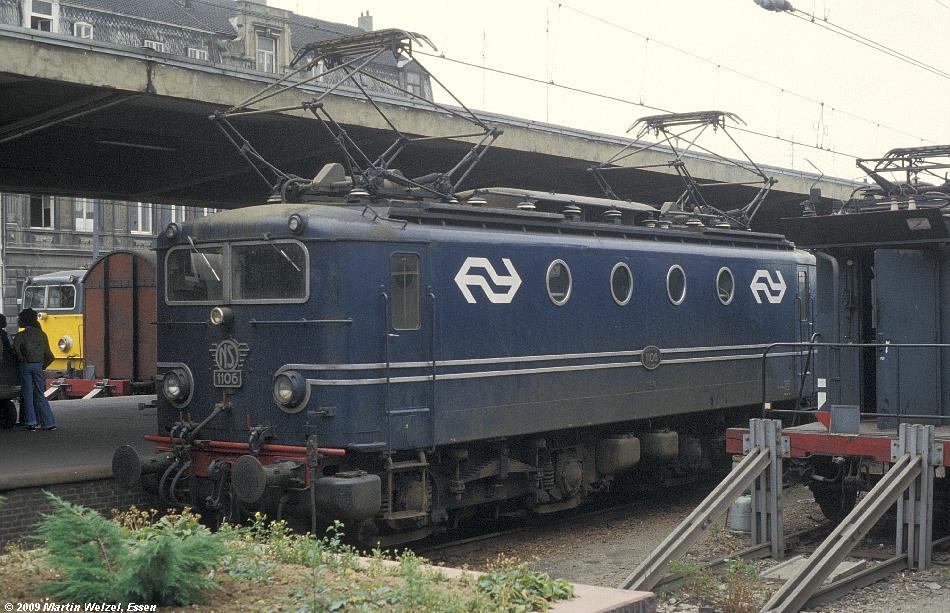 http://www.eisenbahnhobby.de/Holland/128-33_1106_Maastricht_15-7-79_S.JPG
