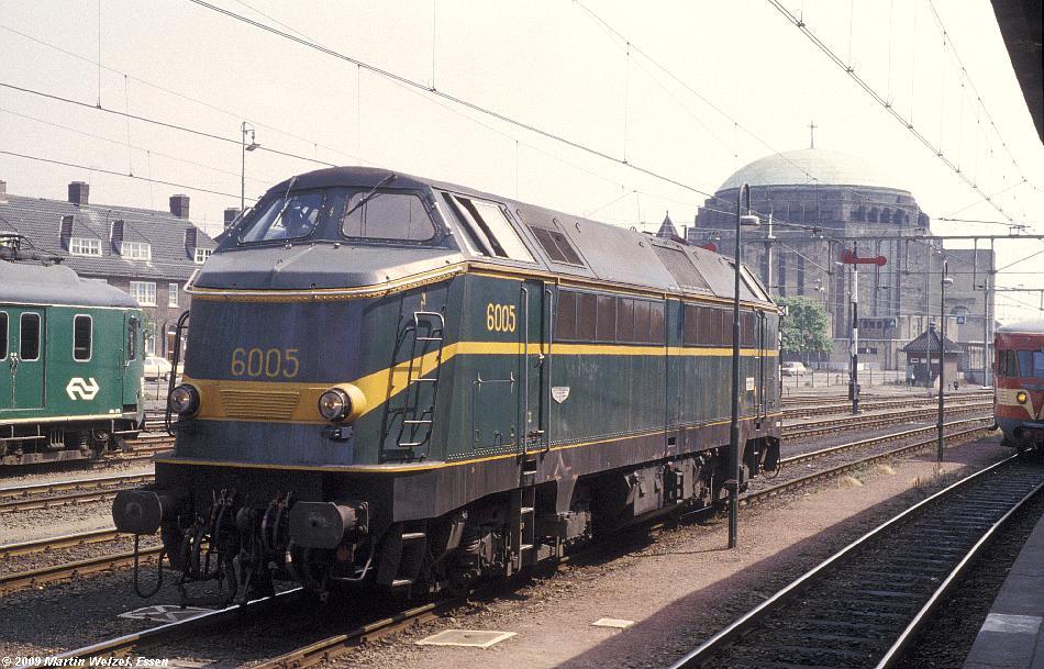 http://www.eisenbahnhobby.de/Holland/129-23_6005_Maastricht_18-7-79_S.JPG