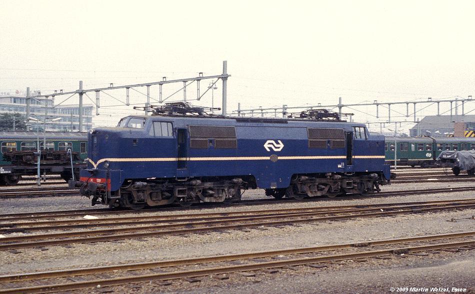 http://www.eisenbahnhobby.de/Holland/134-44_1209_Maastricht_28-8-79_S.JPG