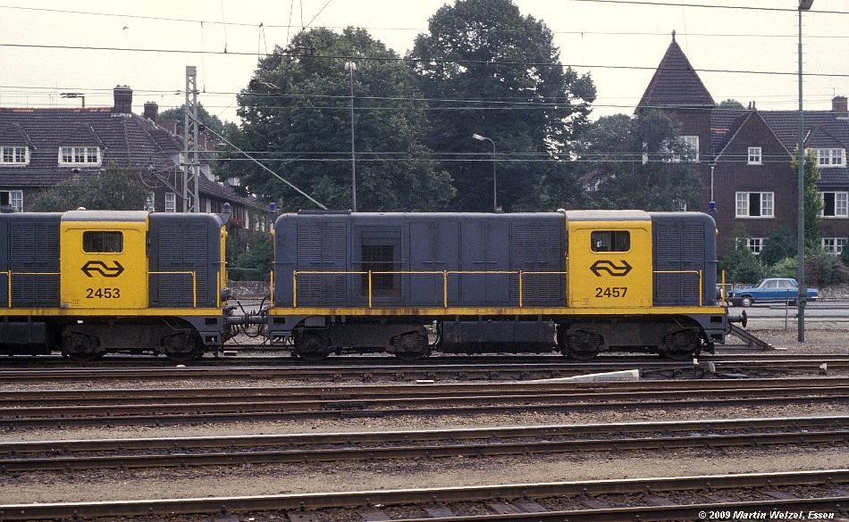 http://www.eisenbahnhobby.de/Holland/134-48_2457_Maastricht_28-8-79_S.JPG