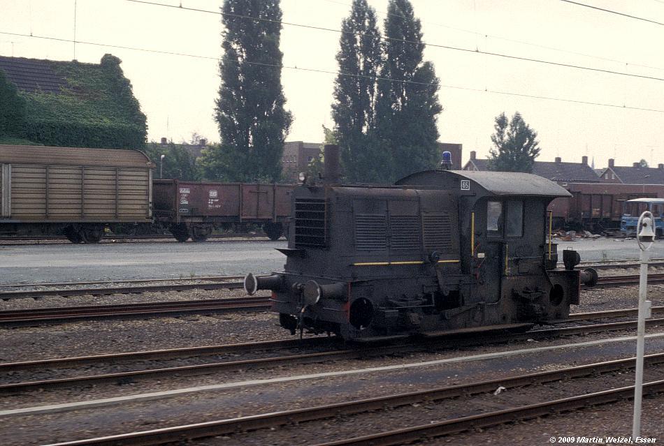http://www.eisenbahnhobby.de/Holland/135-13_219_Roermond_28-8-79_S.JPG