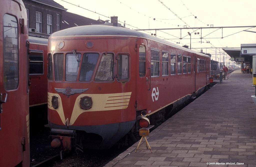 http://www.eisenbahnhobby.de/Holland/142-11_ABD48_Heerlen_1980-01-27_S.jpg