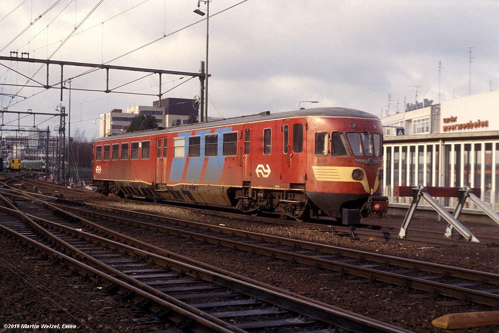 http://www.eisenbahnhobby.de/Holland/142-16_ABD50_Heerlen_1980-01-27_S.jpg
