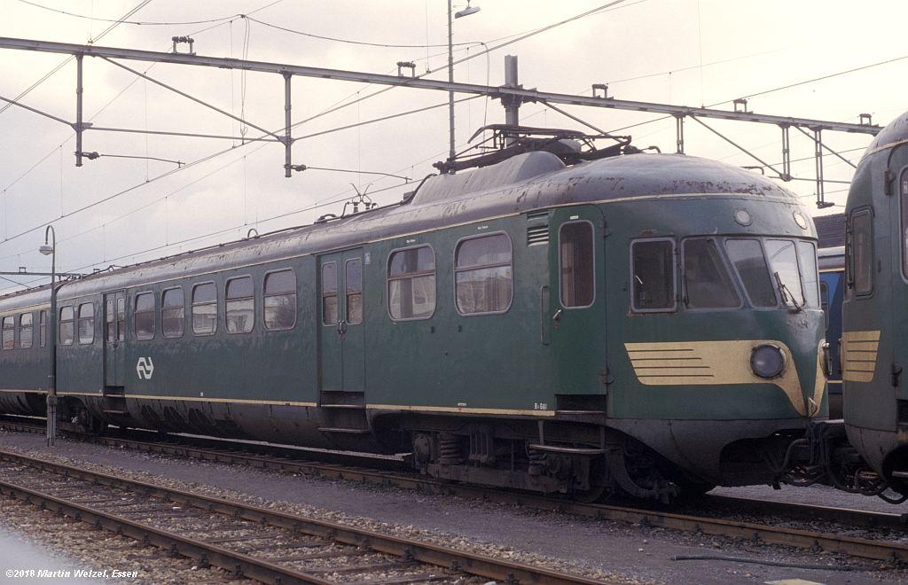 http://www.eisenbahnhobby.de/Holland/142-18_Bk661_Heerlen_1980-01-27_S.jpg