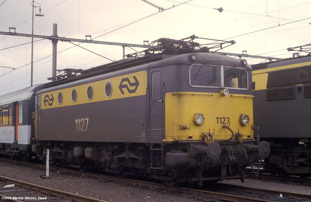 http://www.eisenbahnhobby.de/Holland/142-19_1127_Heerlen_1980-01-27_S.jpg