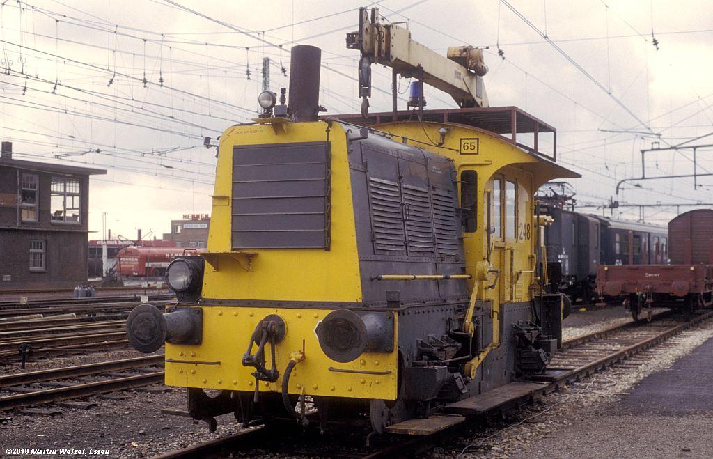 http://www.eisenbahnhobby.de/Holland/142-20_248_Heerlen_1980-01-27_S.jpg