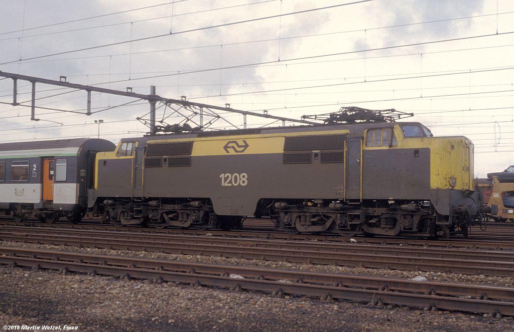 http://www.eisenbahnhobby.de/Holland/142-24_1208_Heerlen_1980-01-27_S.jpg