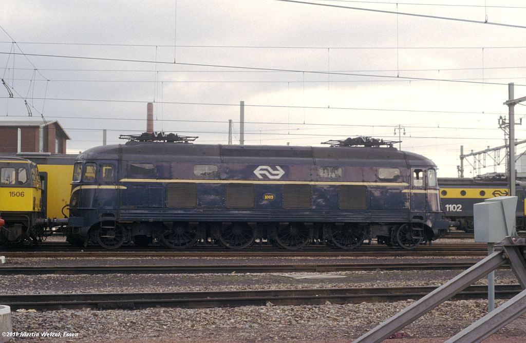 http://www.eisenbahnhobby.de/Holland/142-28_1003_Maastricht_1980-01-27_S.jpg