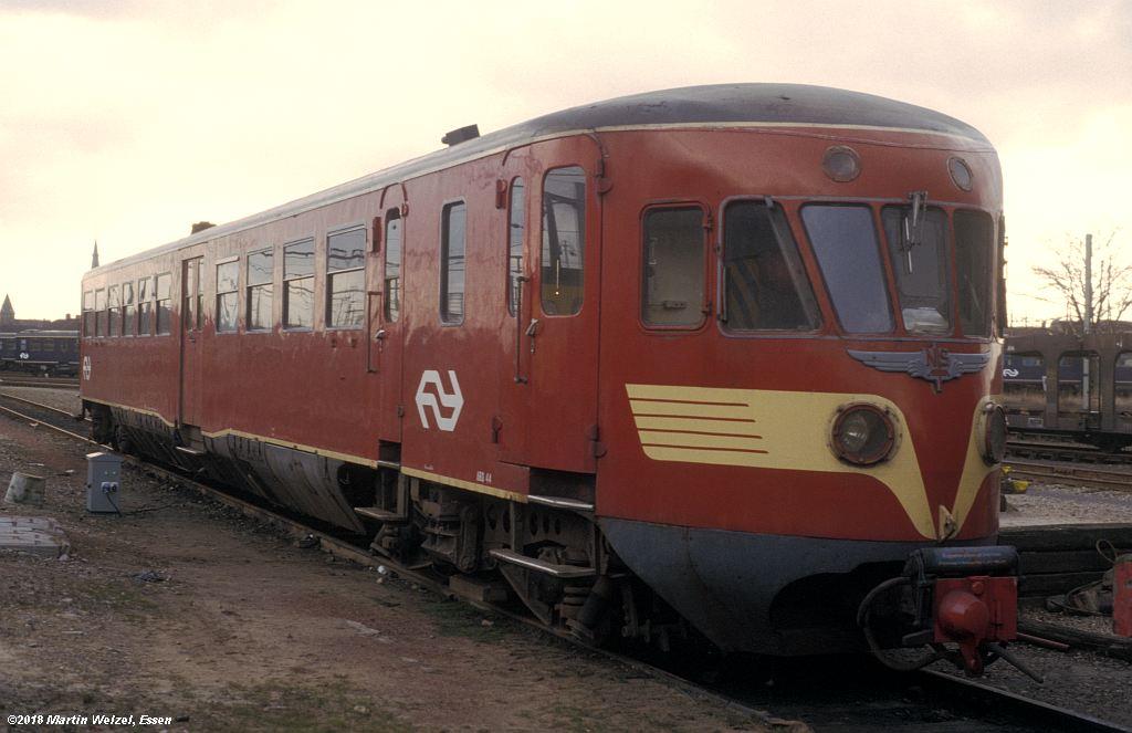 http://www.eisenbahnhobby.de/Holland/142-29_ABD44_Maastricht_1980-01-27_S.jpg