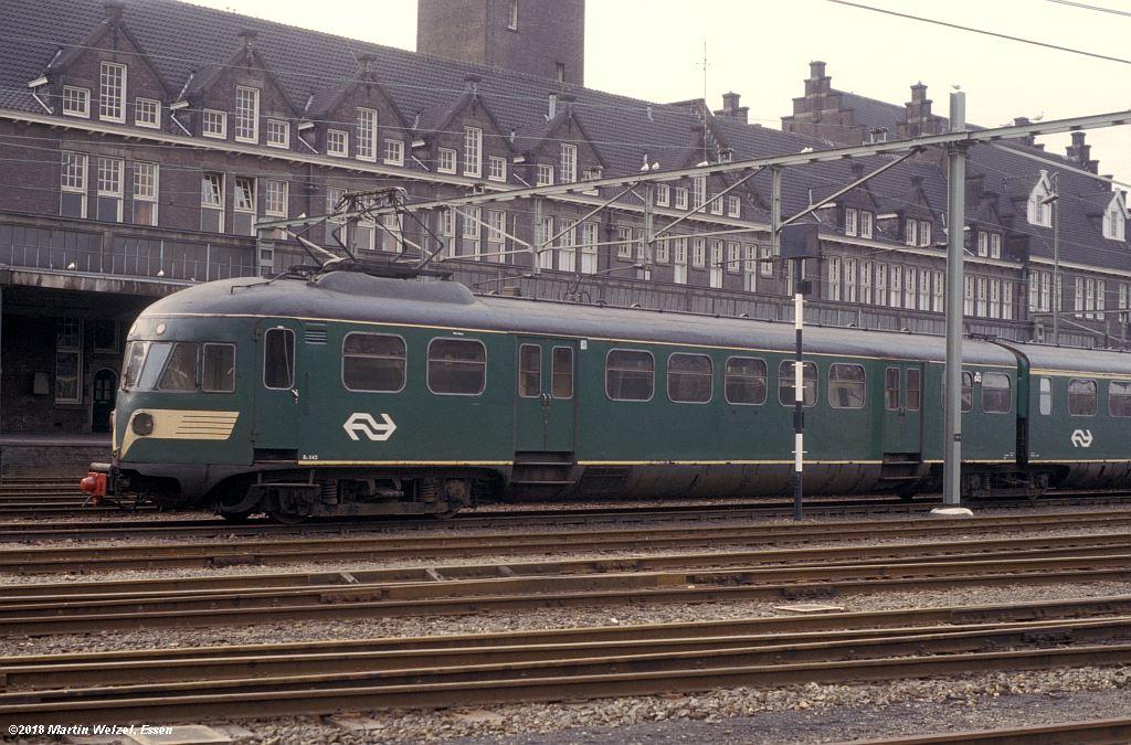 http://www.eisenbahnhobby.de/Holland/142-37_Bk643_Maastricht_1980-01-27_S.jpg