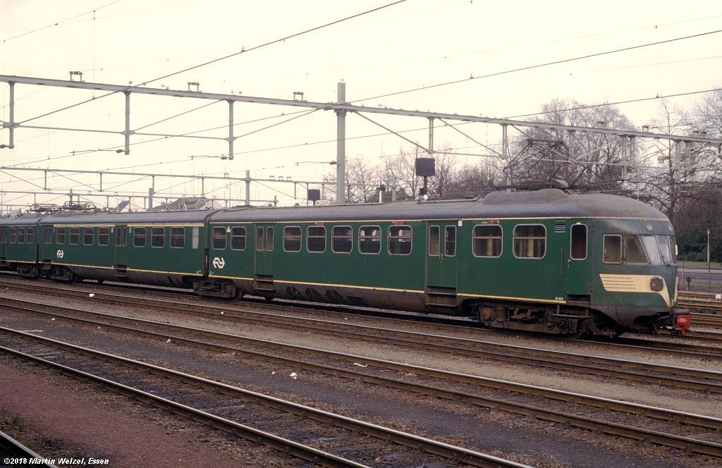 http://www.eisenbahnhobby.de/Holland/142-41_Bk643_Maastricht_1980-01-27_S.jpg
