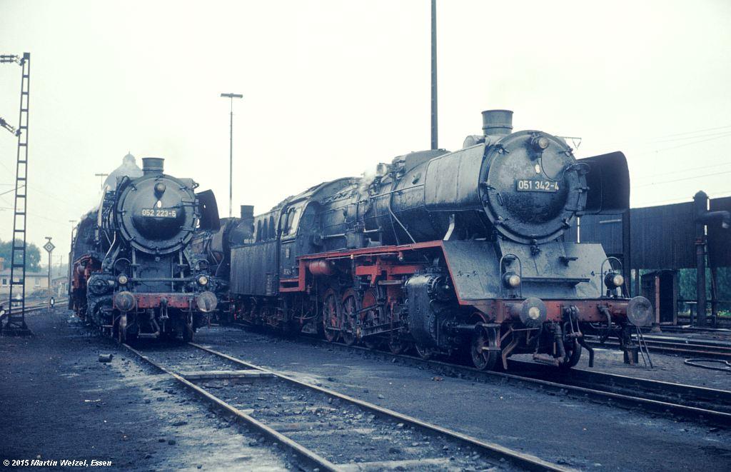 http://www.eisenbahnhobby.de/Lehrte/6-15_052223-051342_BwLehrte_22-6-72_S.jpg