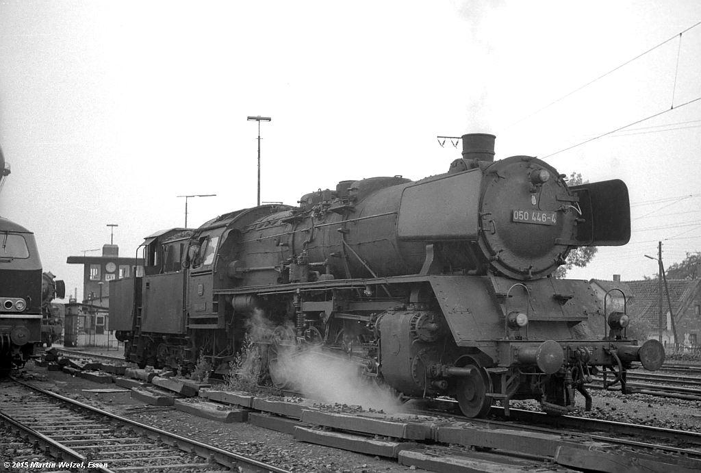 http://www.eisenbahnhobby.de/Lehrte/SW88-20_050446_Lehrte_22-6-72_S.jpg