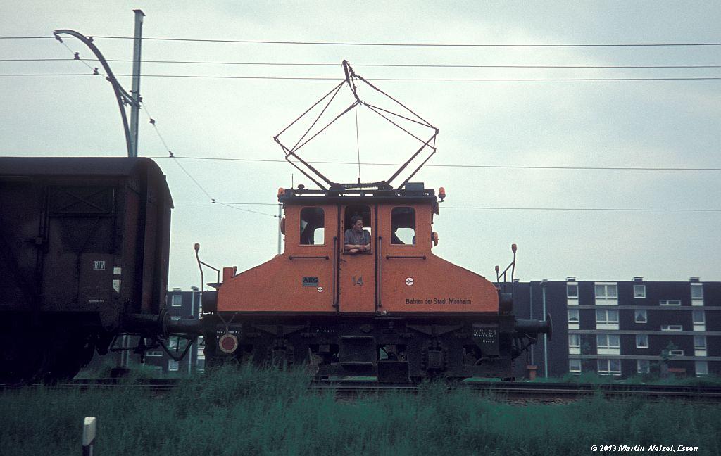 http://www.eisenbahnhobby.de/Monheim/28-22_BSM14_Monheim_16-5-75_S.jpg