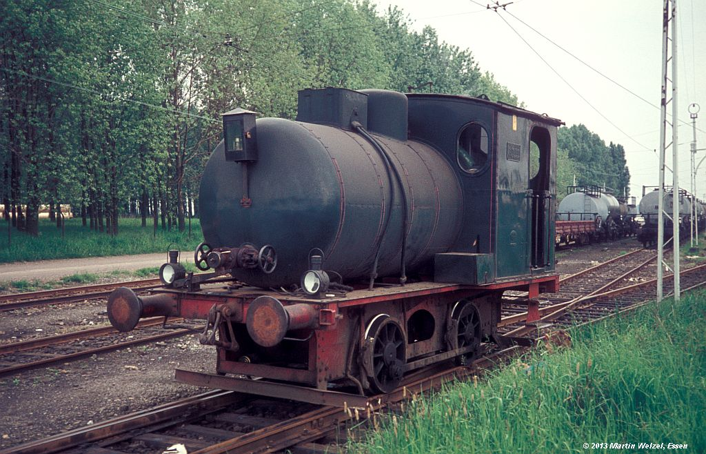 http://www.eisenbahnhobby.de/Monheim/28-25_Hohz3304_Monheim-Blee_16-5-75_S.jpg