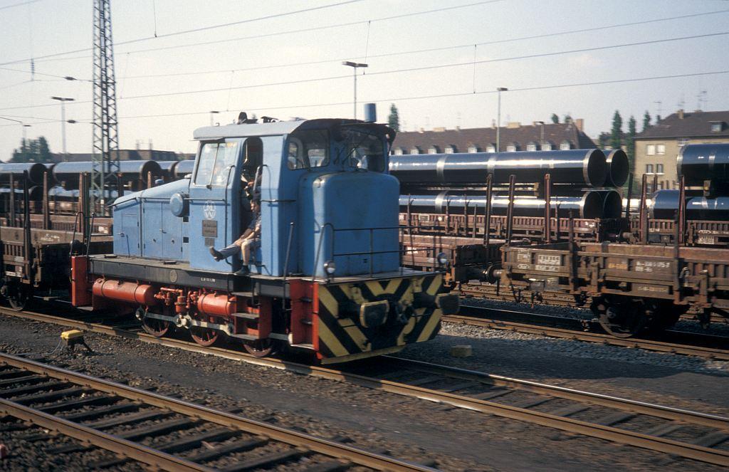 http://www.eisenbahnhobby.de/Muelheim/154-44_Mannesmann3_Muelheim-Styrum_16-5-80_S.jpg